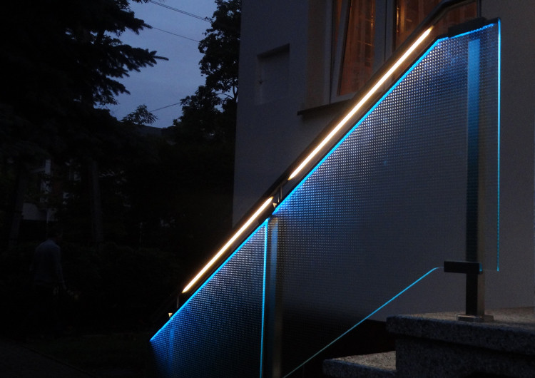 Led Lighting For Stairs And Handrails Klusdesign